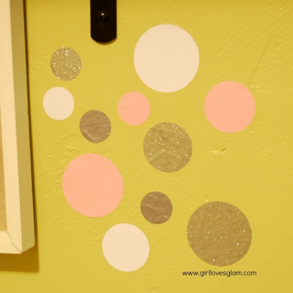 DIY Polka Dot Confetti Wall via www.girllovesglam.com #decor #tutorial