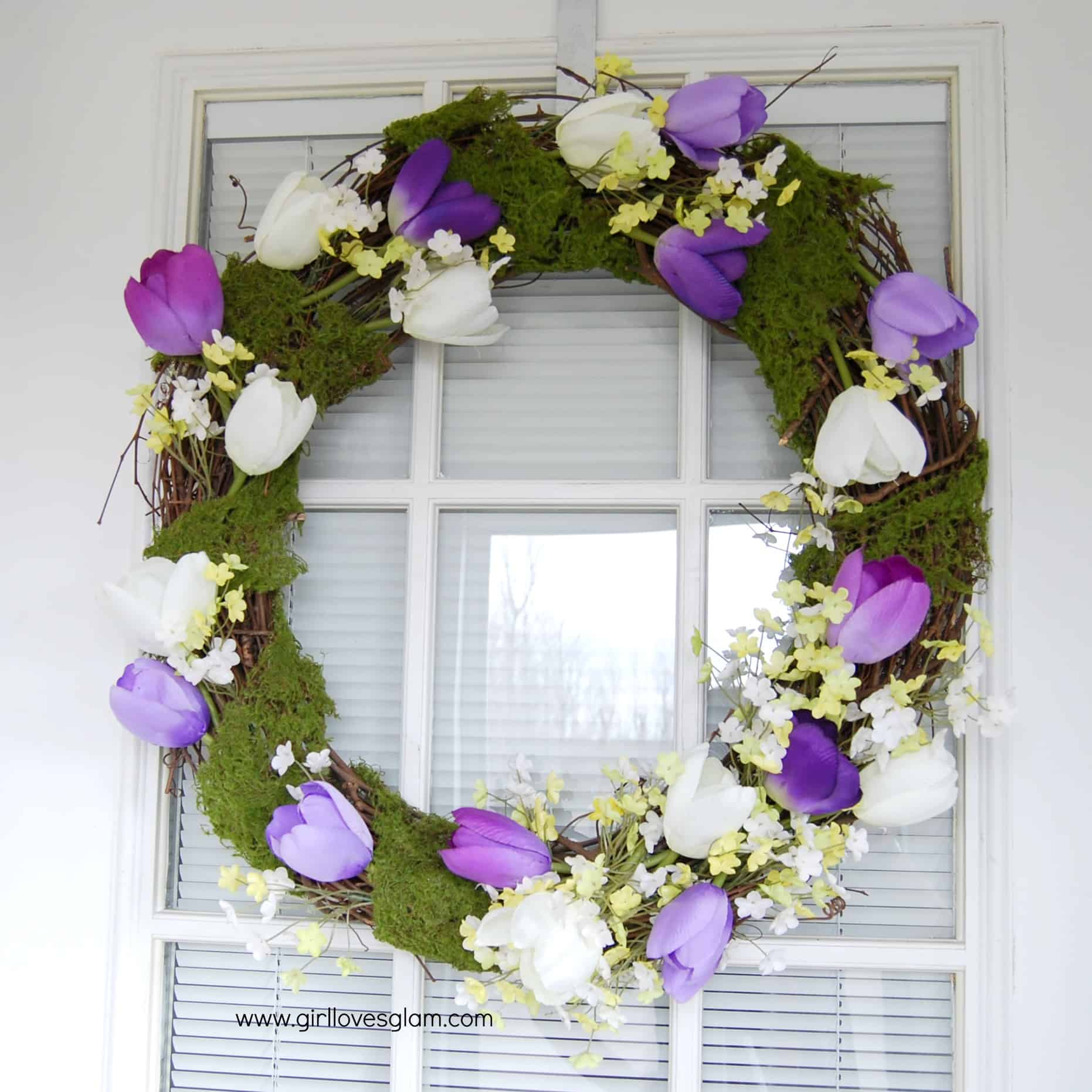 Pretty Spring Tulip And Moss Wreath