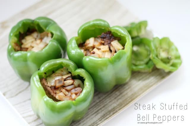 Yummy steak stuffed bell peppers that your whole family will love! Healthy, easy, and oh so good! #recipe #food #healthy