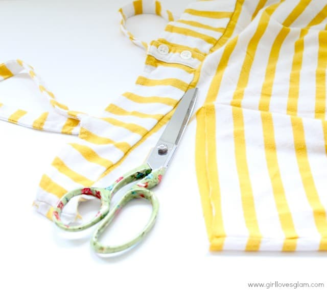 how to make upcycled infinity scarf from shirt