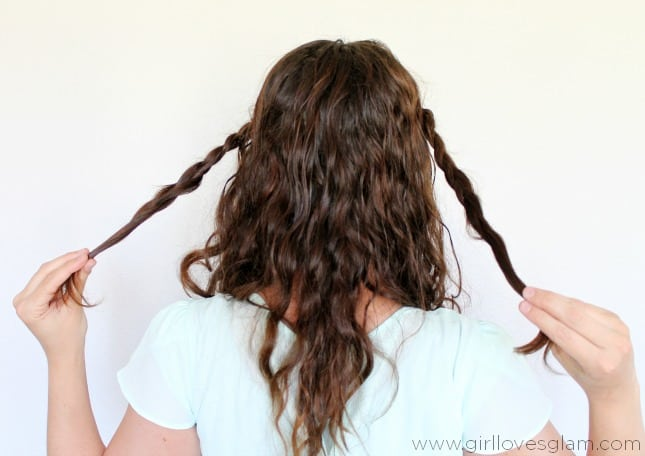 How to do a braided twist hairstyle on www.girllovesglam.com