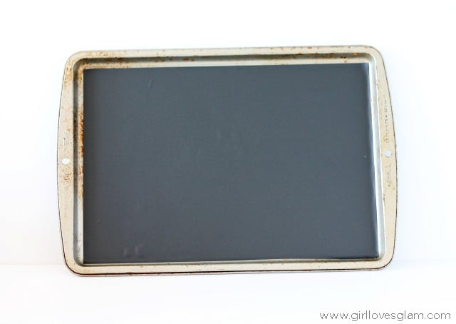 How to make a magnetic chalkboard on www.girllovesglam.com
