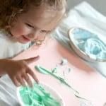 Kid Craft: Kids' Puffy Finger Paint Recipe on www.girllovesglam.com