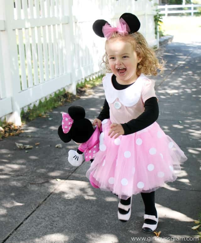 Homemade Minnie Mouse Costume on www.girllovesglam.com