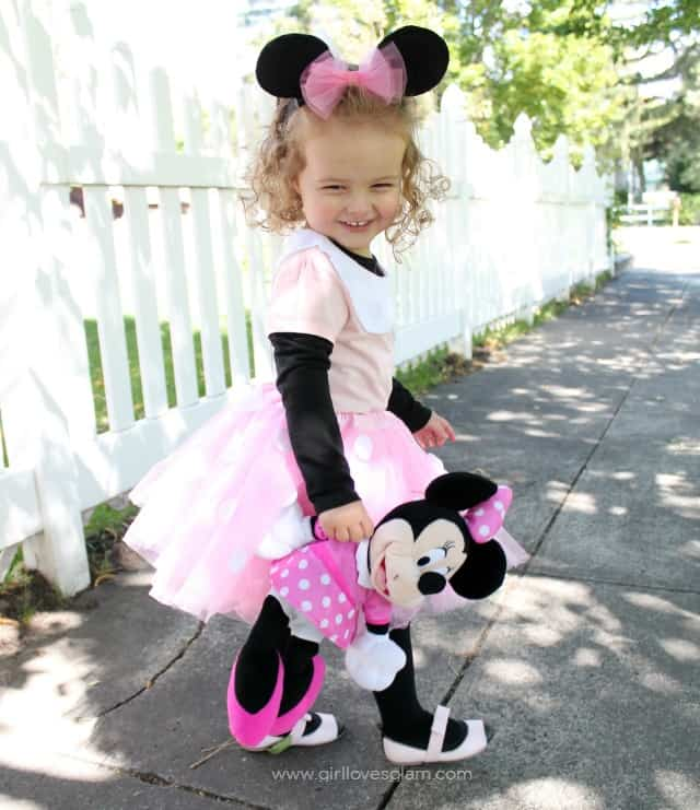 Diy no sew minnie mouse costume girl loves glam how to make a minnie mouse costume on girllovesglam solutioingenieria Gallery