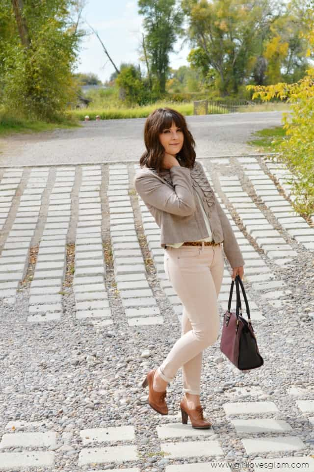 Fall Pastel Outfit on www.girllovesglam.com