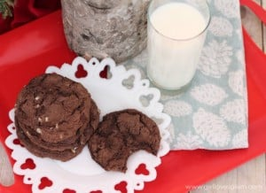 Chewy Thin Mint Cookie Recipe on www.girllovesglam.com