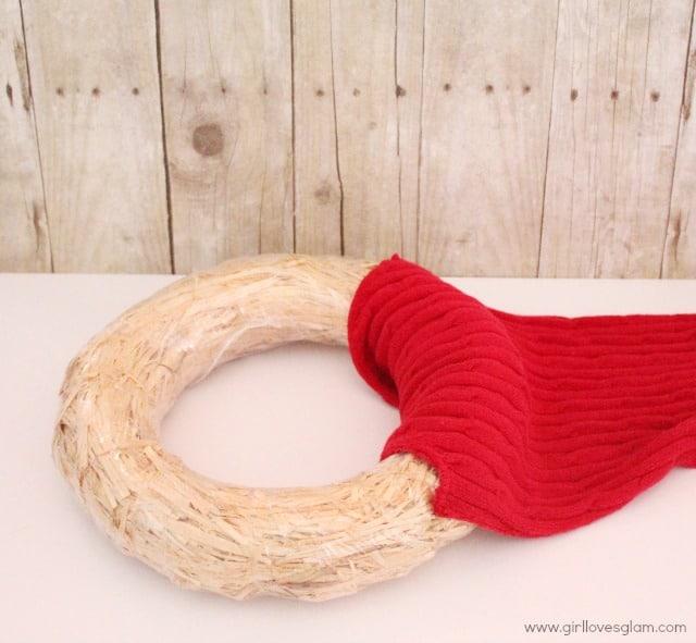 DIY sweater wreath tutorial on www.girllovesglam.com