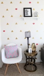 Modern Office Geometric Wall Design on www.girllovesglam.com