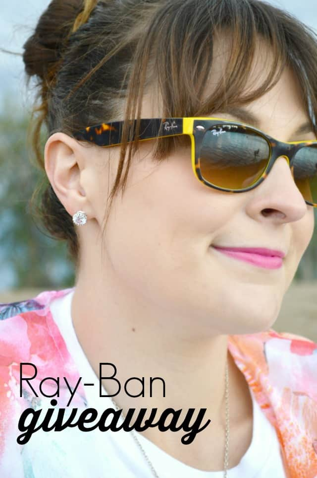 Ray-Ban Giveaway on www.girllovesglam.com
