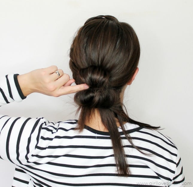 Fast Hairstyle Tutorial on www.girllovesglam.com