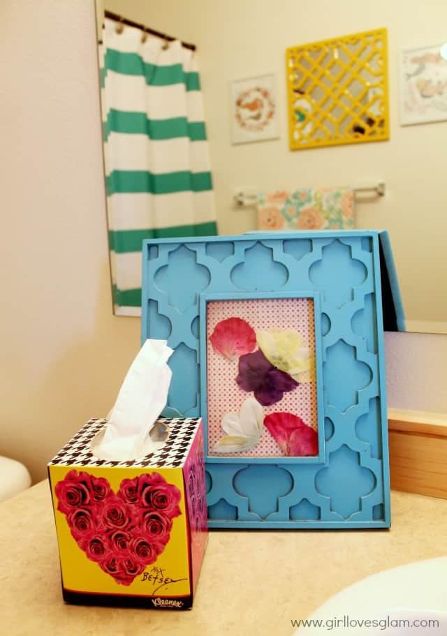 Colorful Betsey Johnson Kleenex on www.girllovesglam.com #KleenexBetseyStyle