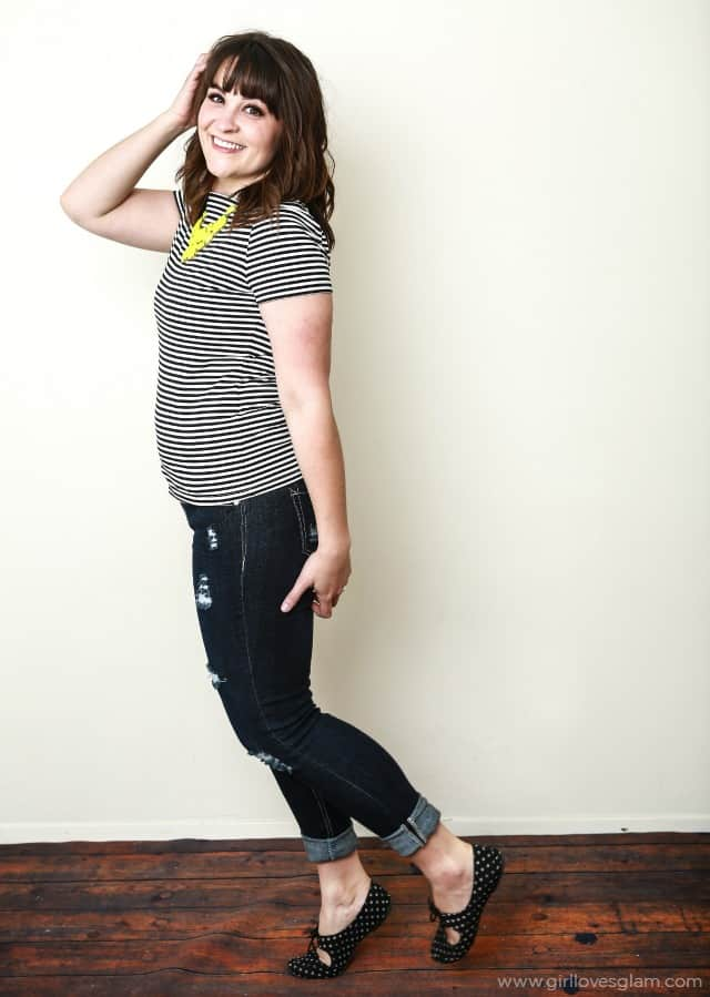 Easy Outfit for Busy Moms on www.girllovesglam.com