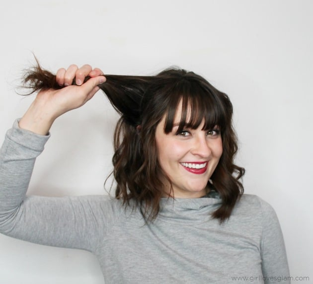 Five minute hairstyle tutorial on www.girllovesglam.com