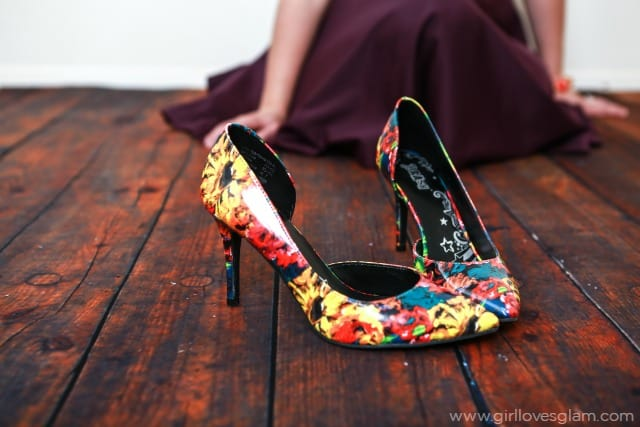 Floral Print Shoes on www.girllovesglam.com