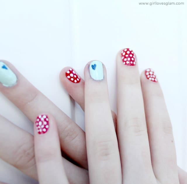 4th of July Nails on www.girllovesglam.com
