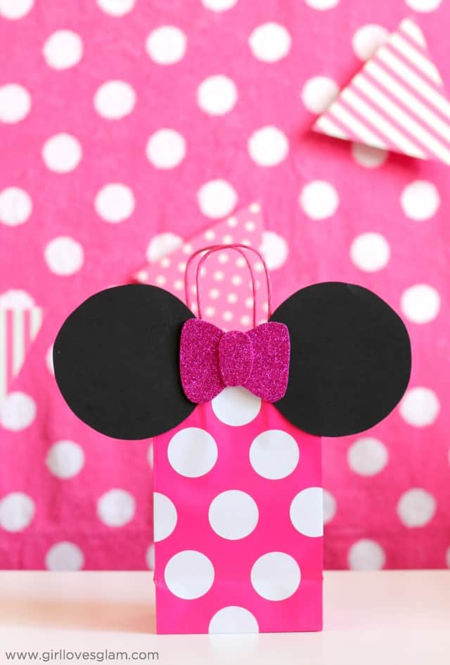 Minnie Party Favors on www.girllovesglam.com