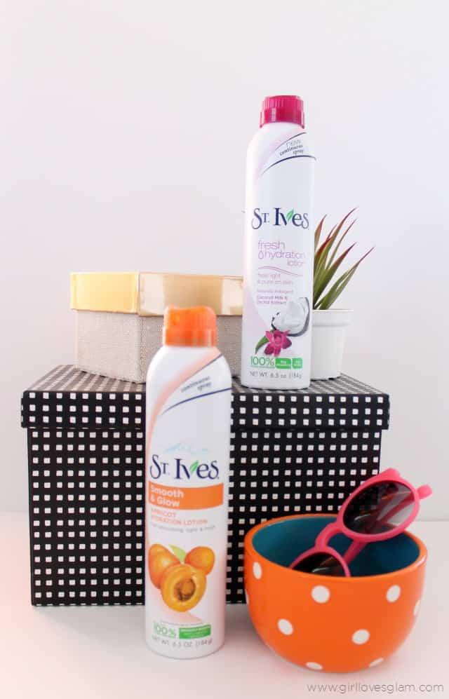 St. Ives Summer Beauty on www.girllovesglam.com