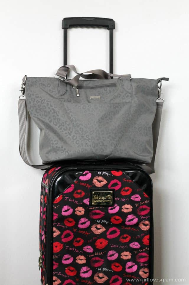 Baggallini Purse Suitcase on www.girllovesglam.com