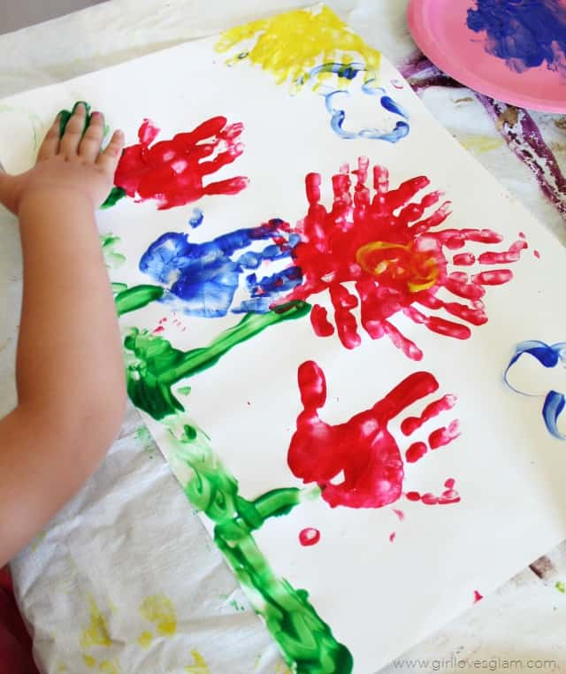Flower Finger Painting Idea on www.girllovesglam.com