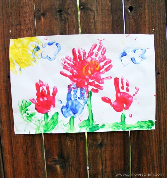 Summer Flower Finger Painting on www.girllovesglam.com