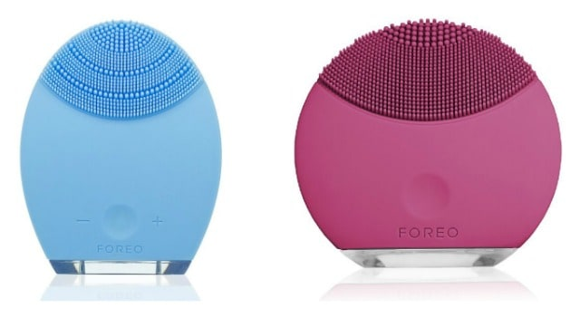Foreo Luna and Luna Mini on www.girllovesglam.com