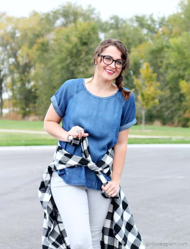 Fun Fall Outfit on www.girllovesglam.com
