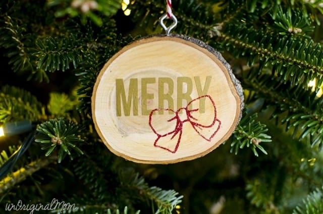 vinyl-wood-slice-ornaments-06-2