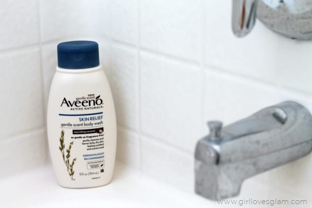 Aveeno Skin Relief Gentle Scent Wash on www.girllovesglam.com