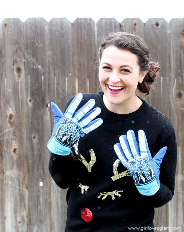Freezy Freakies Gloves on www.girllovesglam.com
