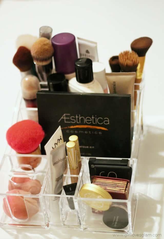 Makeup Organizing Tips on www.girllovesglam.com