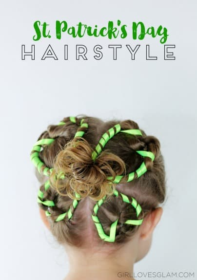 4 Leaf Clover St. Patrick's Day - this hairdo is so easy and fun! From www.overthebigmoon.com!