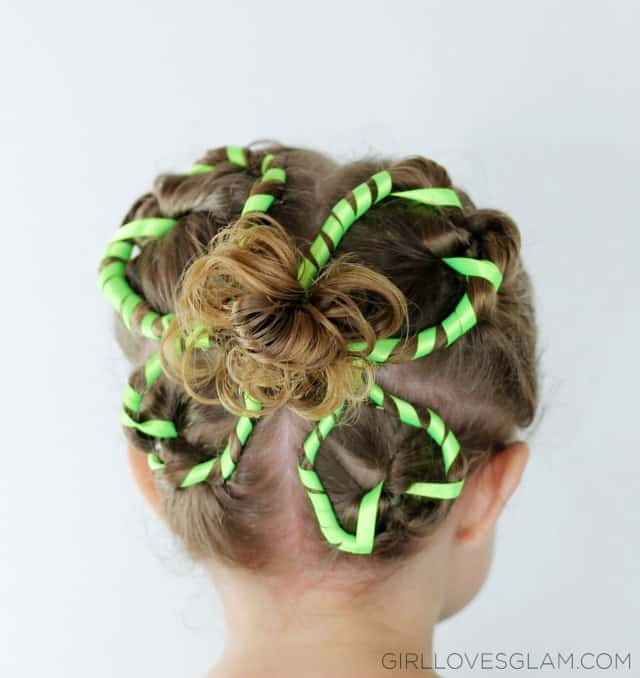 Little Girl St. Patrick's Day Hairdo on www.girllovesglam.com