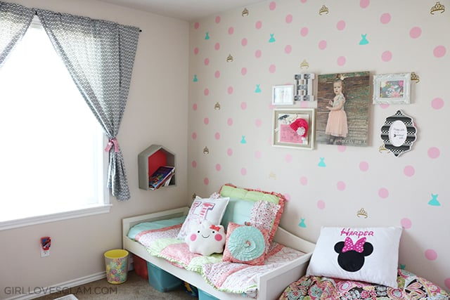 Little Girl Bedroom Makeover on www.girllovesglam.com