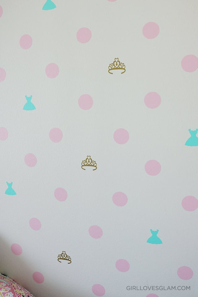 Vinyl Polka Dot wall with added details on www.girllovesglam.com