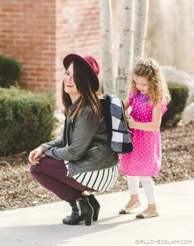Stylish Mom Outfit on www.girllovesglam.com