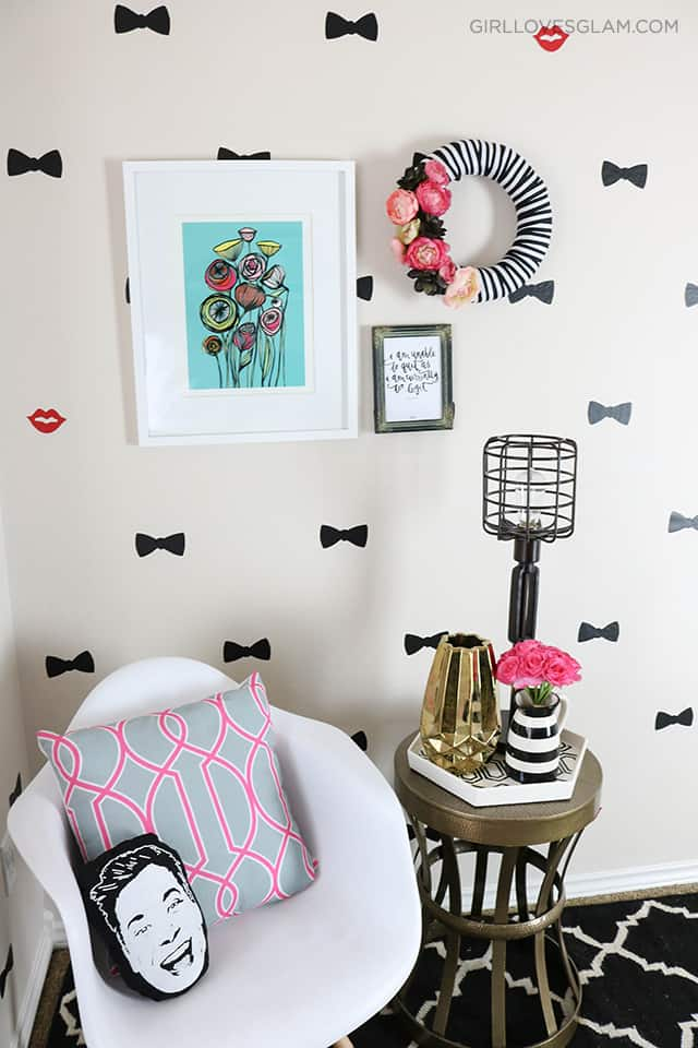 Office Bow Wall Inspired by Kate Spade on www.girllovesglam.com