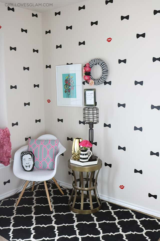 Office Reveal Inspired by Kate Spade Bow Print on www.girllovesglam.com