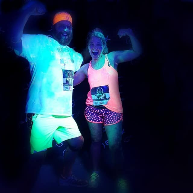 Glow in the Dark Run on www.girllovesglam.com