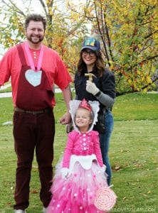 Family Halloween Costume on www.girllovesglam.com
