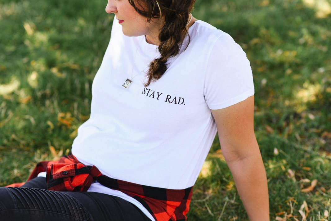 Stay Rad Tee on www.girllovesglam.com