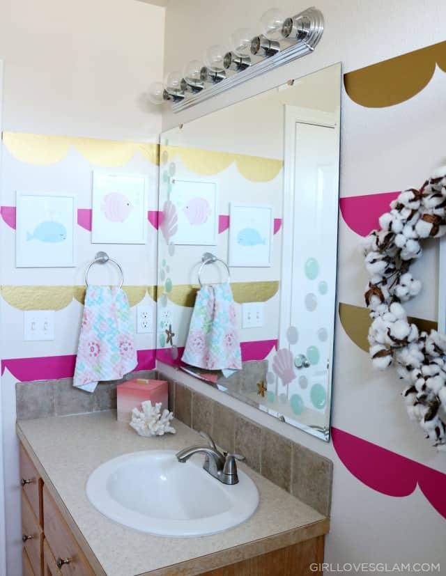 Mermaid Bathroom on www.girllovesglam.com