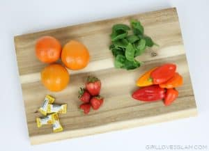Foods with Vitamin C on www.girllovesglam.com
