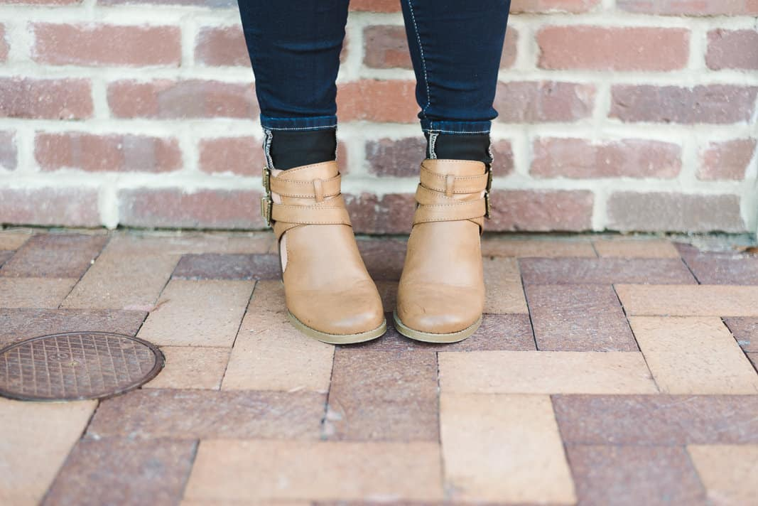 Cute Fall Ankle Booties on www.girllovesglam.com