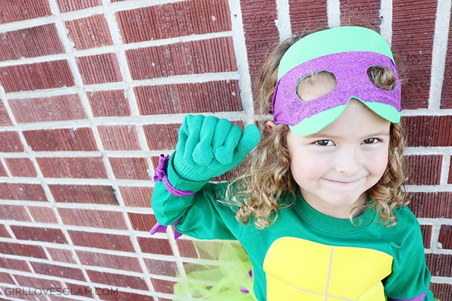 Ninja Turtle Mask Tutorial Halloween on www.girllovesglam.com