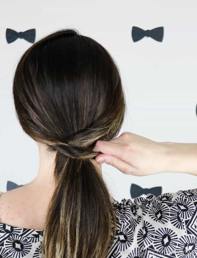 Creating a Low, Chic ponytail on www.girllovesglam.com