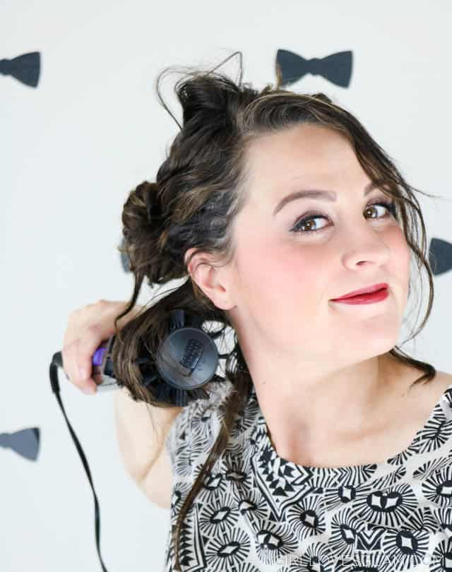 Using the Infiniti PRO by Conair® 2-inch & 1 ½-inch Spin Air Brush on www.girllovesglam.com