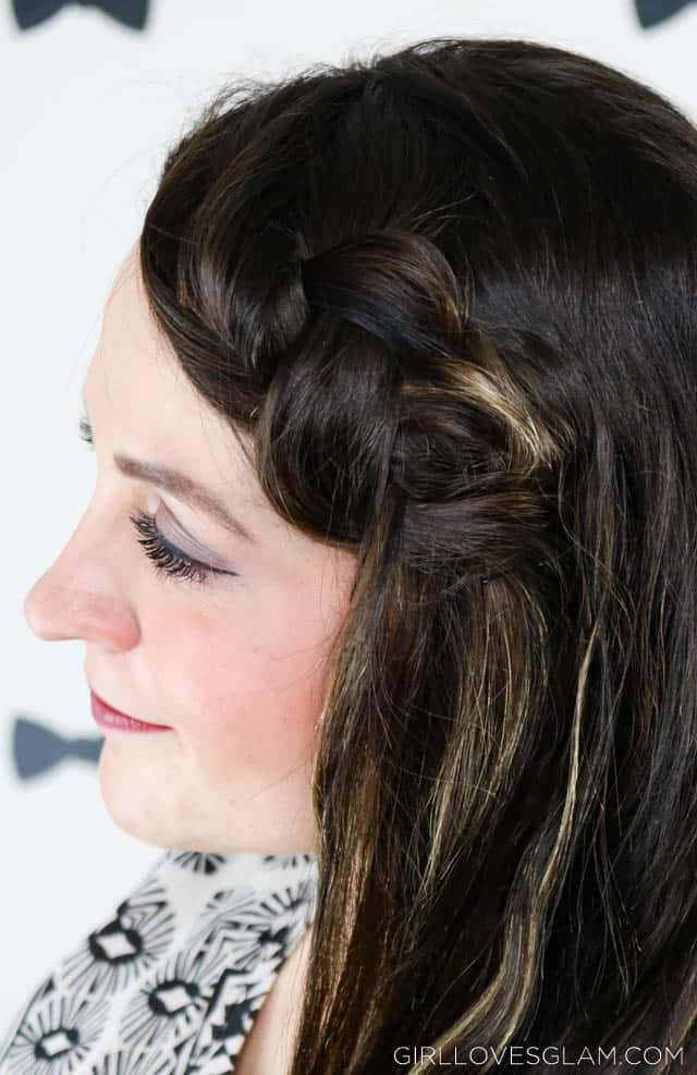 Messy pancaked braid on www.girllovesglam.com