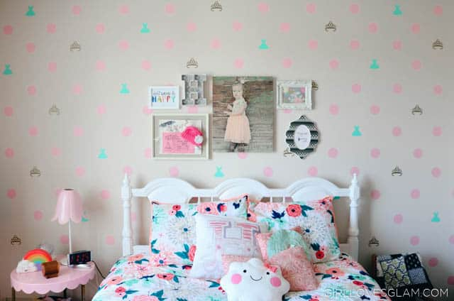 Little Girl Bedroom Design on www.girllovesglam.com