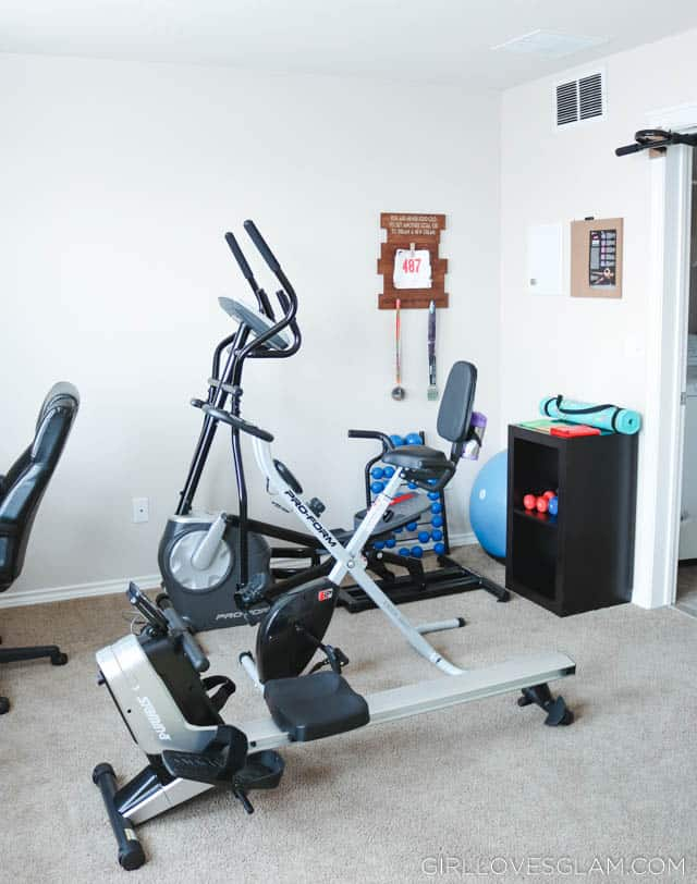 Home gym with little space and little money girl loves glam